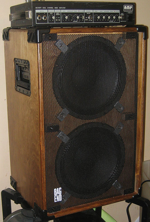 stand back monster 2x15 bass cab harmony central rh harmonycentral com